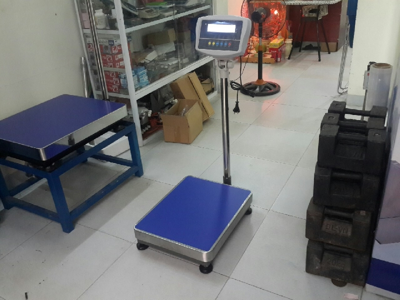 Cân bàn điện tử